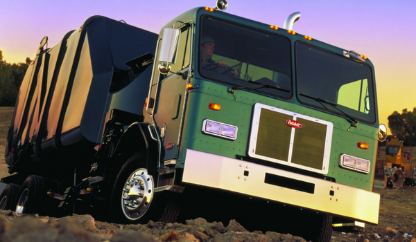 TLG offers quality refuse truck rentals for all kinds of vocational truck bodies, including rolloff truck, rear loader truck, side loader truck, and front loader truck options.