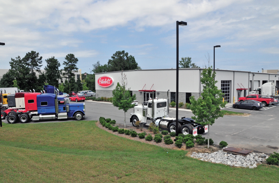 Plan your trip to TLG Peterbilt - Raleigh in Raleigh, North Carolina.